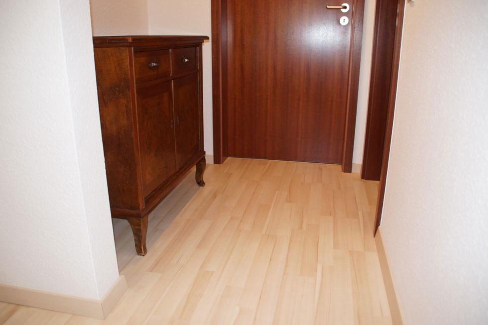 ahorn laminat best eurowood laminat ist zu verlegen und. Black Bedroom Furniture Sets. Home Design Ideas