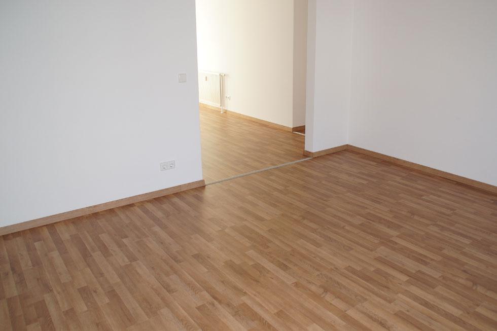 laminat montageservice. Black Bedroom Furniture Sets. Home Design Ideas